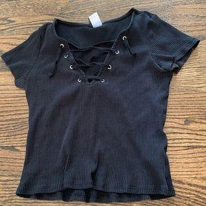Crop top w/ lace neckline